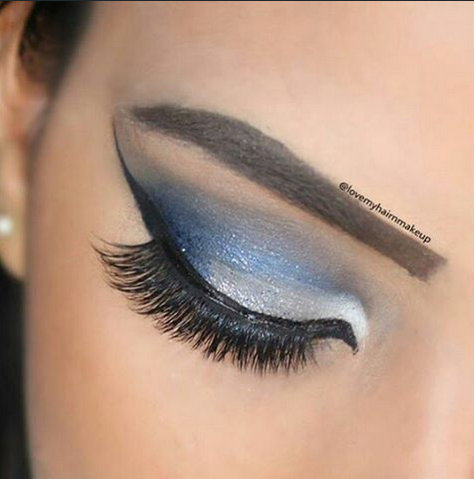 See 5 Gorgeous Blue Eye Makeup Looks on Instagram [PHOTOS]