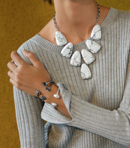 Kendra_Scott_necklace_and_bracelets_in_Nordstrom's_Fall_2015_catlg